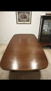 Antique Solid Wood Dining Table 6 Dining Chairs