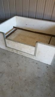 Puppy Whelping  Box