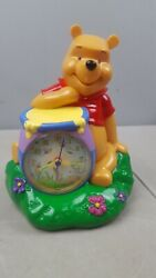 Disney Winnie The pooh Honey Pot Battery Powered Desk Clock and coin bank