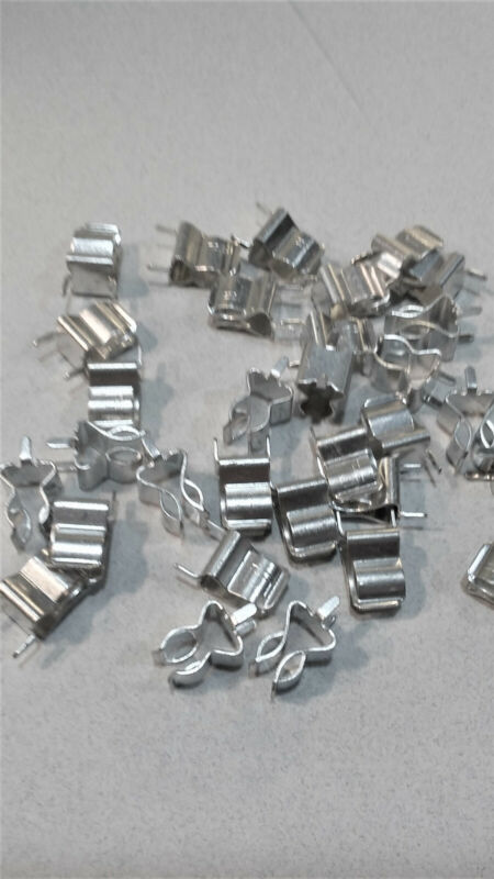"Fuse Clips 1/4"" PC Mount Littlefuse 3AG. NOS Lot of 20"