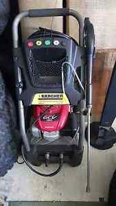 Karcher pressure washer (genuine Honda engine) Craigie Joondalup Area Preview