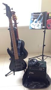 Cambridge 4-string bass and amp set Canning Vale Canning Area Preview