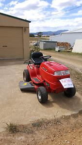Rover Raider Ride on Mower Richmond Clarence Area Preview