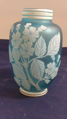 Antique Thomas Webb & Sons Opaque to Blue Cameo Art Glass Vase
