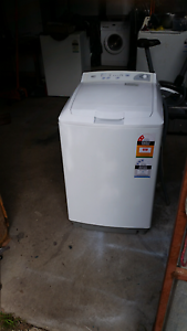 Washing machine MEC 7kg compact size. Berwick Casey Area Preview