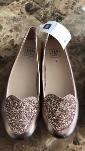 Girls Size 4 dress Shoes from Gap - Brand New!
