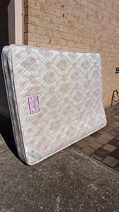 Queen Mattress Thirroul Wollongong Area Preview