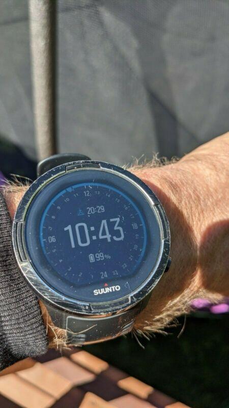 Suunto 9 Baro GPS, Altimeter, Barometer, Heart Rate, Navigation, etc Great Watch