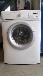 Electrolux 7kg washing machine Brassall Ipswich City Preview
