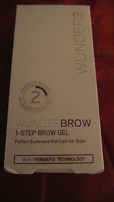 Wunder 2 ,WUNDERBROW- 1-STEP BROW GEL AUBURN .full Size 3g, BOXED FREE UKPP