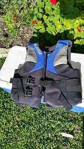Life jacket, type 3 pfd. Padbury Joondalup Area Preview