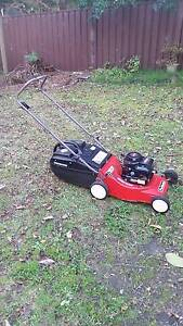 lawn mower, 18' 4 stroke, Aluminium chassis. Castle Hill The Hills District Preview