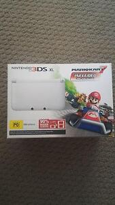 Limited edition Mario 3ds xl Googong Queanbeyan Area Preview