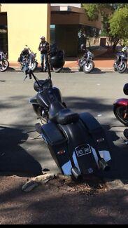 Harley Davidson road king custom  York York Area Preview