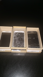 Samsung s4 and s5 2 of each cracked screens only