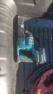 Collated makita  cordless srew gun Stanmore Marrickville Area Preview