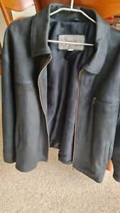 Beautiful mens Black Leather Jacket