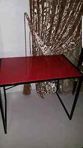 Red desk available Casula Liverpool Area Preview