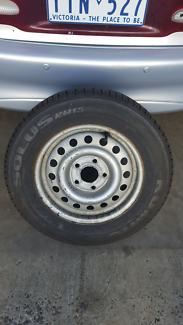 Commodore vt rim and tyre