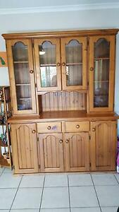 Buffet and Hutch - Stained Pine Bray Park Pine Rivers Area Preview