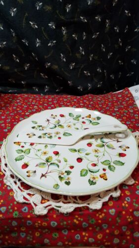 VTG Ceramic Cake Plate/Serving Spoon Old Foley England Strawberry Butterflies