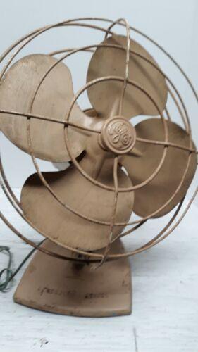"""Vintage GE Oscillating Desk Fan 12"""" diameter"""