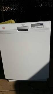 Dishlex underbench12-place settings dishwasher DX303WL, white Winston Hills Parramatta Area Preview