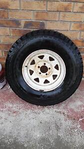 31 x 10.5 Kumho A/T tyre - 5 stud Forest Lake Brisbane South West Preview