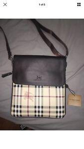 Burberry Bag AAA replica  31b93c103e2be