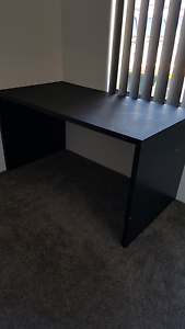 Free desk L1400xW750xH750 Balga Stirling Area Preview