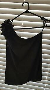 Black off the shoulder top (Nicola Finetti) Jamboree Heights Brisbane South West Preview