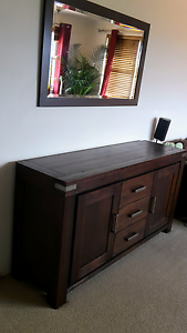 !!!!Hard Timber wood Buffet! FINAL FINAL SALE! Cremorne North Sydney Area Preview