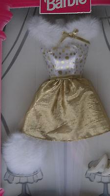 BARBIE FASHION AVENUE 1998 PARTY #23119 NRFB Shiny Gold/White Fur Collar Dress
