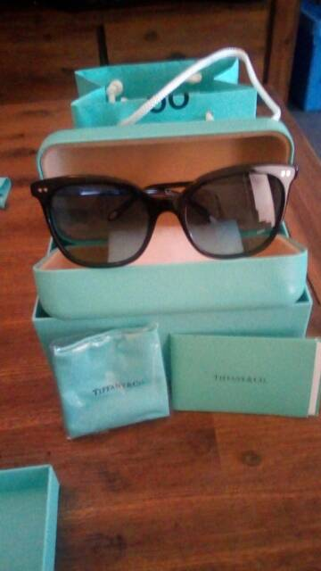 d0caa475673e TIFFANY   CO GENUINE SUNGLASSES BRAND NEW