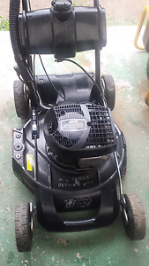 Victa Mulchmaster 560 2 Stroke Self Propelled mower Leumeah Campbelltown Area Preview