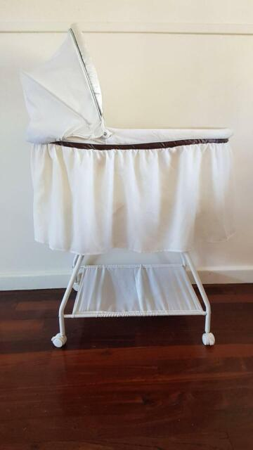 Fisher Price My Little Lamb Comfort Baby Bassinet Stand Cots