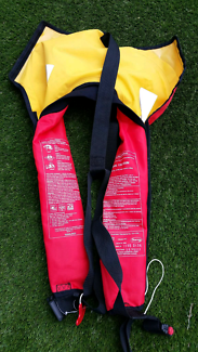 Mojiko self inflating life jacket adult