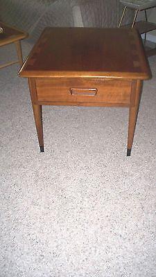 Lane Acclaim nightstand side end table vintage mid century modern walnut