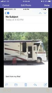 2006 Motorhome with 3 slides