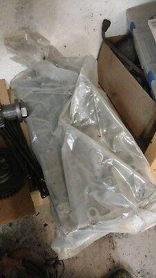 4bd1t Cylinder Head Isuzu Npr 3.9 Di Diesel Kobelco Turbo Loaded With Valves