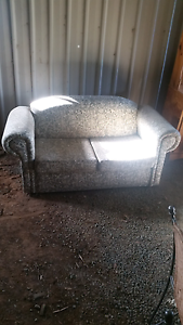 Couch /lounge Echuca Campaspe Area Preview