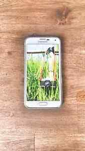 SAMSUNG S5 Unlocked 16Gb expanble Wakeley Fairfield Area Preview