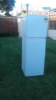 Hisence 270L fridge freezer