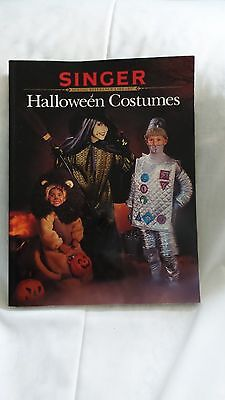 Singer Holloween Costume Sewing Book, Colored Illustrations, Very Good Condition](Good Holloween Costumes)