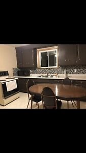 STUDENTS!! 3 Bedroom Main Floor Apartment  AVAILABLE JUNE 1st