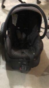 Maxi Cosi bucket seat