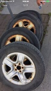225/65 R17, 4 MICHELIN all season tires with mags