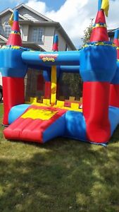 Bouncy castle rental October 14th, 15th available Book Today