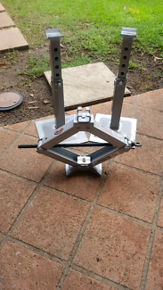 Car jack and stands $40