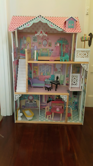 Kidkraft Annabelle Dollhouse doll house